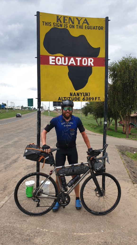 Jonas Deichmann am Äquator