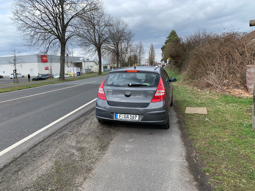 Parken auf dem Radweg