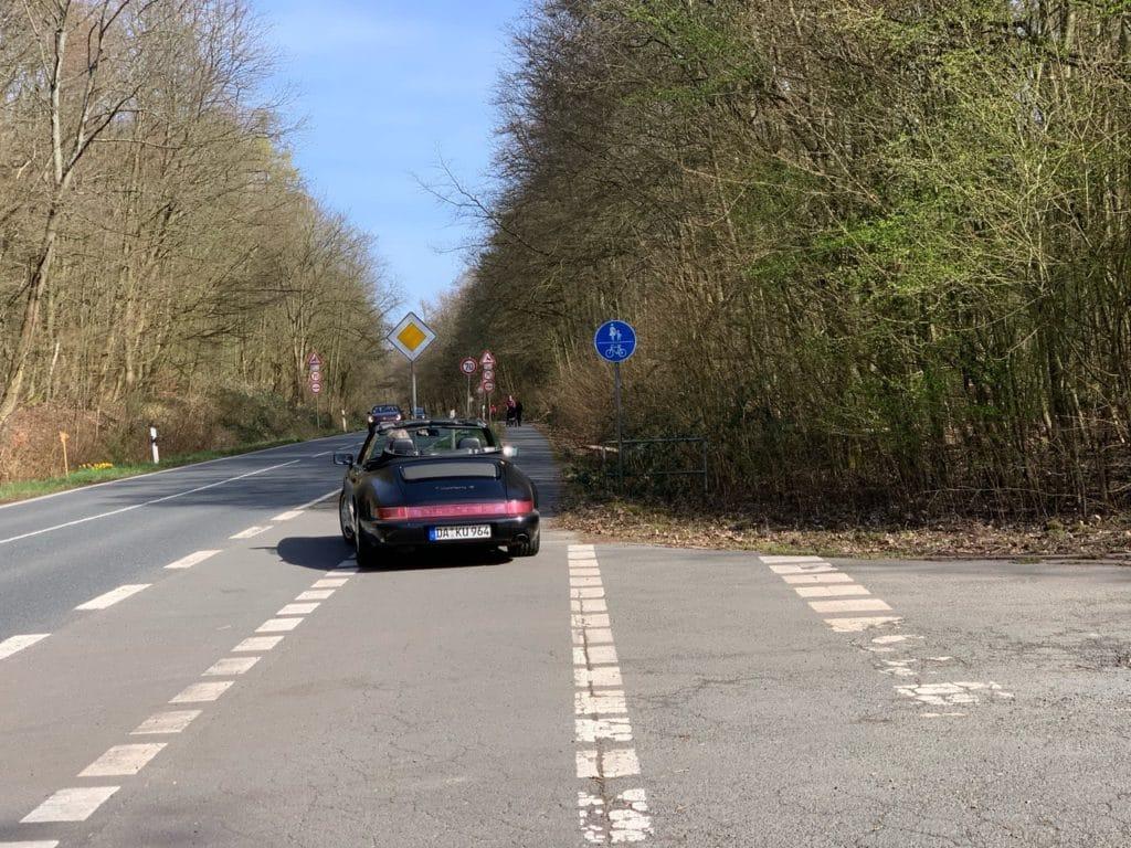 Radwegparker Porsche
