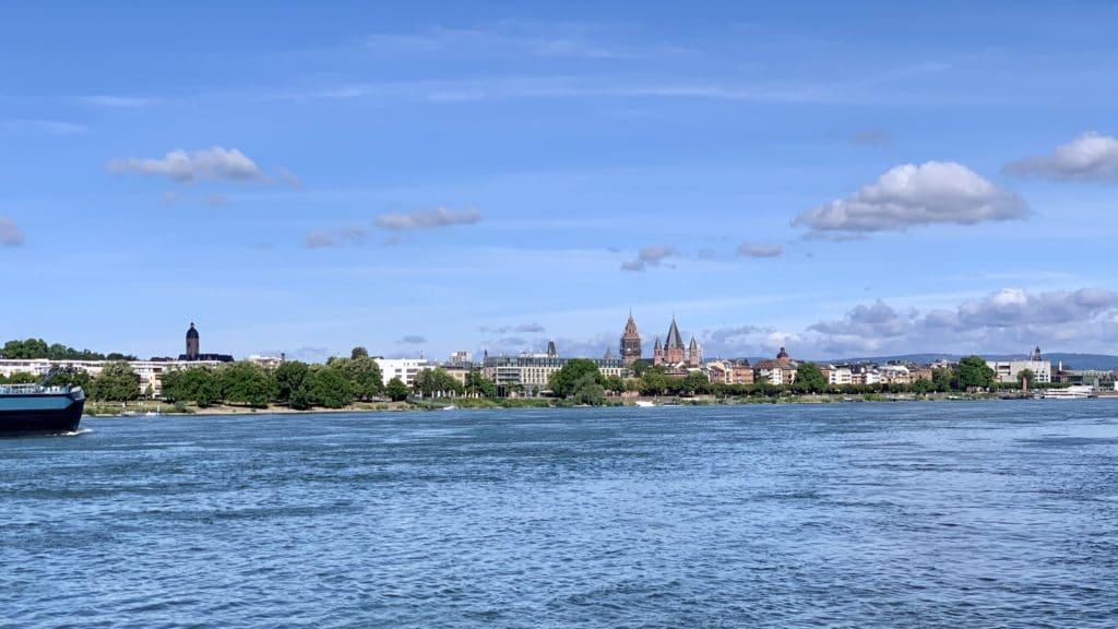 Blick nach Mainz