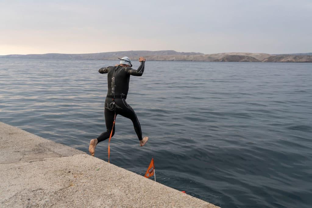 Jonas springt