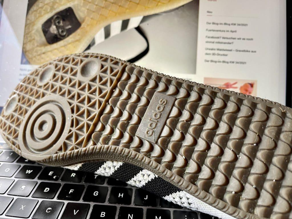 Die Adidas Velosamba  - die Fahrradvariante des Sportschuhklassikers. Taugen die was oder sind die 120 EUR rausgeschmissenes Geld?